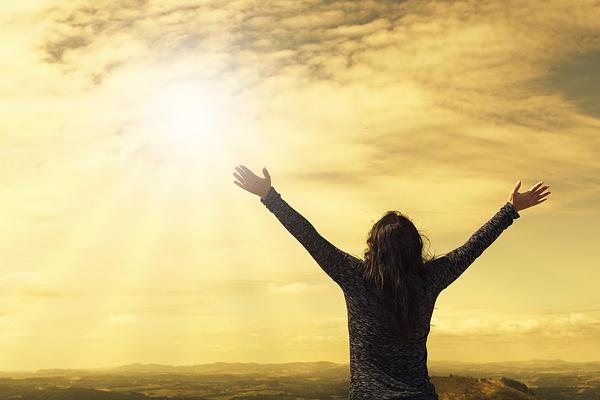 Como ser feliz pode mudar o DNA